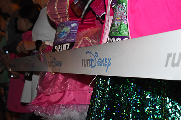 runDisney event starting line