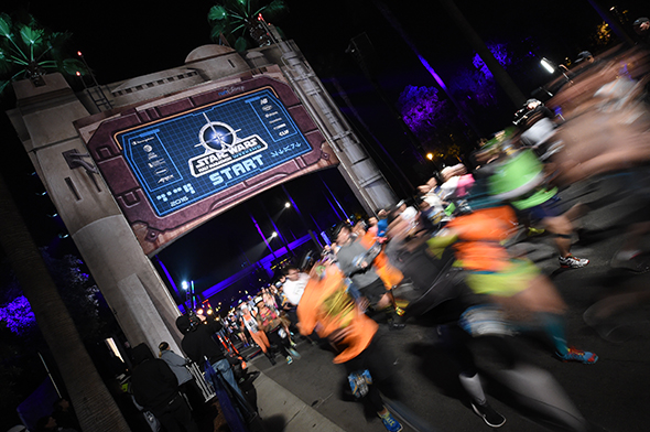 Running through the start line at Star Wars Half Marathon – The Light Side.