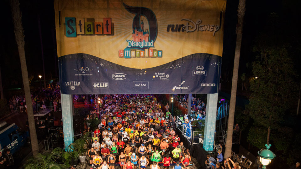 DISNEYLAND® HALF MARATHON WEEKEND 2012