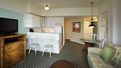 wdw-boardwalk-villas-room-type-one-bedroom-villa-170x96.jpg